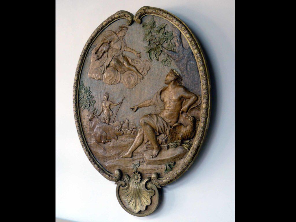 """Sculpture de médaillon """"les amours de jupiter"""""""